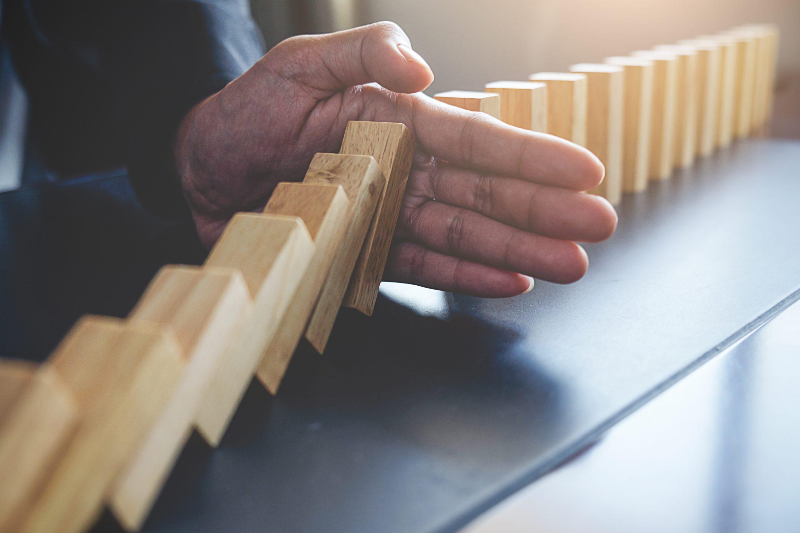 Como lidar com o impacto das CRISES no seu negócio